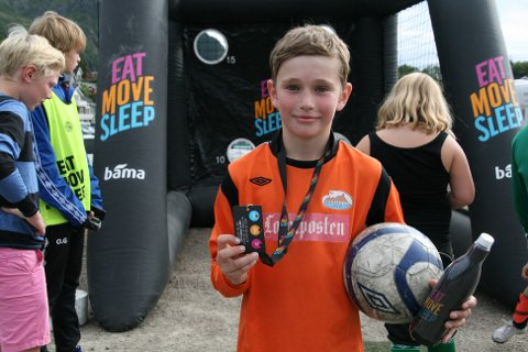 Oliver Adolfsen fra Ballstad synes det er fint med EAT MOVE SLEEP turnering
