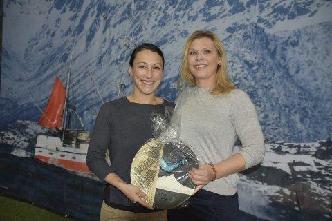 Hedret: Tamara Singer og Angelita Eriksen i Lofoten Seaweed Company AS på Napp ble kåret til Årets Matambassadører i Lofoten. Begge foto: Kai Nikolaisen