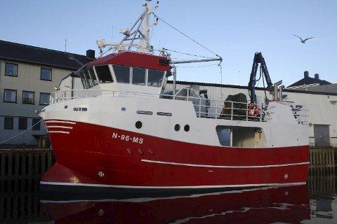 NYTT: Her ligger «Siw» ved Hovde AS i Henningsvær der den siste finpussen gjøres før båten settes i drift. Foto: Frank Einar Iversen