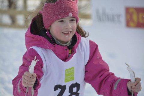 En representant for de mange brede smilene på skirennet, Helmine Klingan Gjertsen.