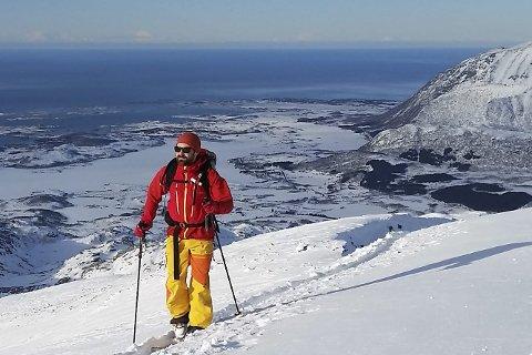 Vakkert: Arrangørene er sikre på at Lofotens vakre natur vil spille på deres side under Lofoten Skimo og The Arctic Triple. Foto:  The Arctic Triple