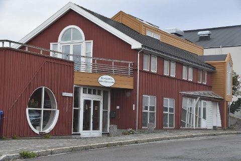 Klubb: På tirsdagene blir det klubbkveld på Elvegaarden. Foto: Kai Nikolaisen