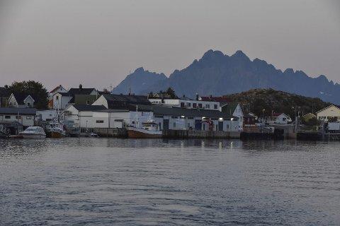 Rutekutt: Frykten for å miste hurtigbåten er sterk i øysamfunnet Skrova i Vågan. Nå mobiliseres det foran fylkestingets møte.