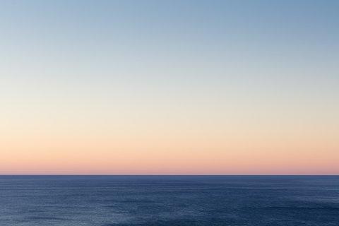 EKTE VARE: Havet vest for Unstad kl 18.06.14 den 6. oktober 2015.