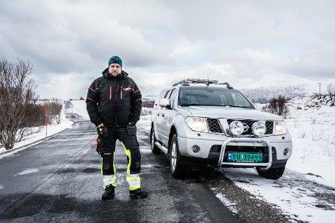 RYKKER UT: Per-Arne Karlsen er leder av Vestvågøy Jeger- og Fiskerforening. Foreningen har startet vakttelefon for påkjørt småvilt.