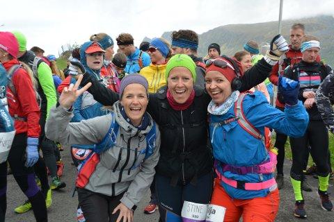 Humøret var på topp rett før starten på 24-kilometeren på Barstrand.