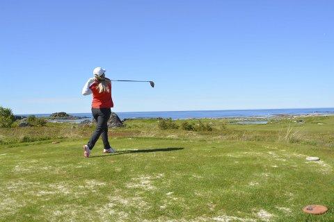 Utfordrende: Frode Hov sier utviklingen av golfturisme er utfordrende og tar tid, selv med underskudd i Lofoten Utvikling AS i 2017 ser han lyst på veien videre og sier veksten i år er fin.