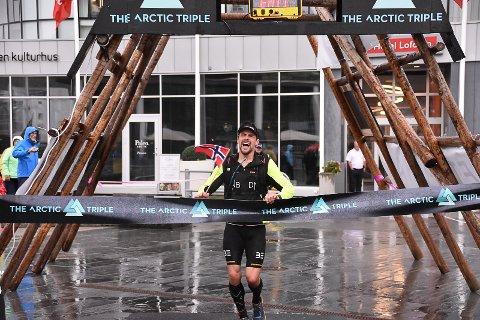 Kjell-Egil Krane Ingebrigtsen løp først over målstreken til knallsterk tid; 12.18.46. Han satte også ny rekord på løpedelen av ekstremutgaven.