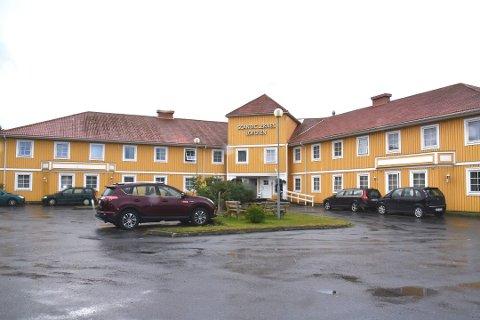 UTBYGGING: Andrikken Eiendom AS skal ta stilling til om de skal kjøpe naboeiendommen i forbindelse med utbyggingen av hotellet på Leknes.