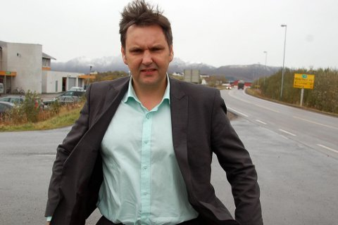 FØRERPRØVE: Stortingsrepresentant Jonny Finstad er skuffet over at Statens vegvesen ikke har vurdert ambulerende løsninger for førerprøven.