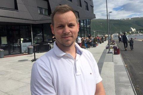 Trives: Jon-Erik Henriksen fra Henningsvær trives godt som daglig leder i Fiskarlaget Nord.