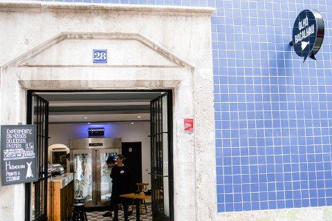Ny: Øyvind A. Jensen og Katrine Rypeng står bak Blæst AS. Nå har de åpnet restaurant i Lisboa.