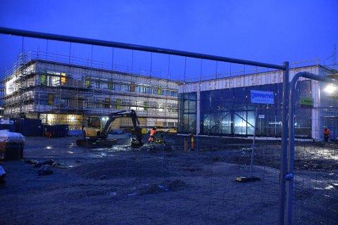 Skole: Firmaet var involvert i byggingen av nye Vest-Lofoten videregående skole. Tvister rundt prosjektet førte til at selskapet gikk over ende.