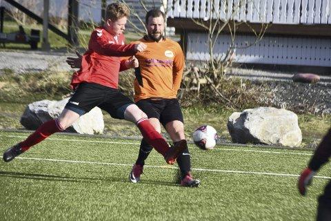 17 SCORINGER: Hele 17 scoringer på Stamsund stadion da STIL møtte BUIL 2. Foto: Eirik Eidissen