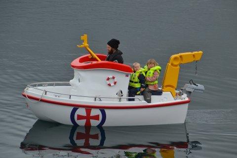 """POPULÆR: For to år siden var """"Elias"""" veldig populær. Lørdag er båten igjen på plass på Tangstad."""
