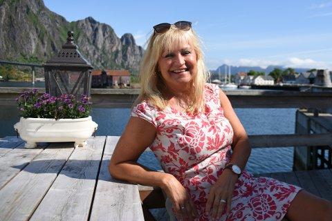 Positiv: Oddrun Glad er positiv til det nye mat- og drikkekonseptet under Lamholmenfestivalen.