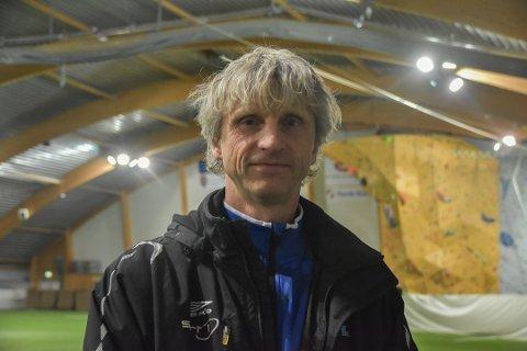 TUNGT: SIL-trener Petter Solli erkjenner at det fotballmessig er tunge stunder