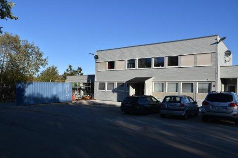 FRA KIOSK TIL LEILIGHETER: Arctandegården AS ønsker å bygge to leiligheter i lokalene der Narvesen holdt til.