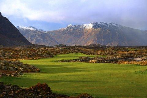 ANERKJENNELSE: Lofoten Links på Gimsøya er kåret til en av verdens 100 beste golfbaner.
