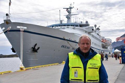 FORBEREDT: Havnesjef Kjell Jakobsen i Vestvågøy tror ikke at alle skipene som har meldt sin ankomst til neste år blir å komme.- Men vi er forberedt, sier han.