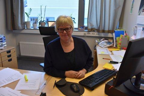 KONTROLL: Rektor ved Svarholt skole, Mette Løvdal, sier at selv om situasjonen er vanskelig, så føler skolen at de har kontroll.