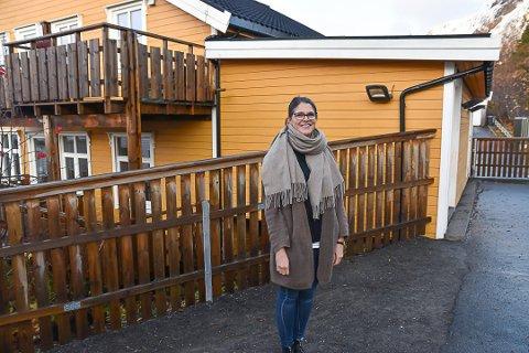 FORNØYD: Daglig leder i både Kabelvåg og Solheim barnehage, Marthe Berg Jacobsen forteller at re-åpningen av barnehagene har gått over all forventning. Samtidig ser hun ikke det som gjennomførbart med full åpningstid.
