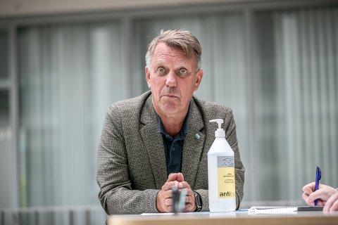 TRÅLER PÅ VEI: På torsdagens pressekonferanse på Rådhuset fortalte ordfører Gunnar Wilhelmsen at en tråler med et mannskap på 19 er på vei til Tromsø, etter at flere i besetningen skal ha fått symptomer på covid-19.