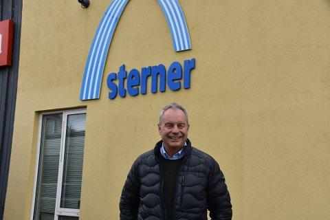 POSITIVT BIDRAG: - Avdelingen på Leknes bidrar til overskudd i selskapet,  opplyser Bjarne Pettersen som ikke legger skjul på at det setter han stor pris på.