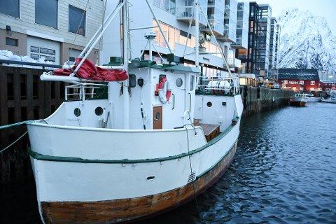 Fjernet: Denne båten har ligget i havna i Svolvær.