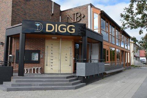 Stengt: Skjenkestoppen har ført til stengte dører blant annet her på Digg på Leknes.
