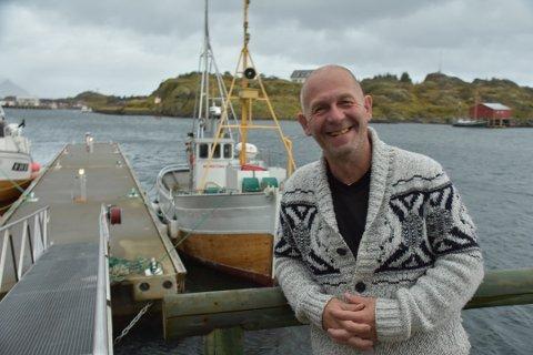 FLERE FLYTEBRYGGER: Ronny Østrem eier Skjærbrygga i Stamsund.