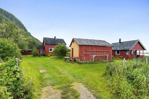 Høy pris: Denne eiendommen på Gimsøy ble solgt for 1,55 millioner kroner over takst.
