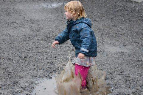 MYE REGN: Det meldes mye regn i helgen, enkelte kan ha større glede av det enn andre.