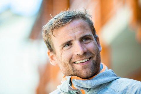 BEST: Skiløpet Niklas Dyrhaug (33) satte løpsrekord opp Himmeltinden da han besøkte Lofoten i sommer.