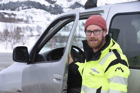 Lever med sorgen:  Petter Lång (35) har lært seg til å leve med sorgen, etter at faren valgte å ta sitt eget liv. foto: Eirik Eidissen