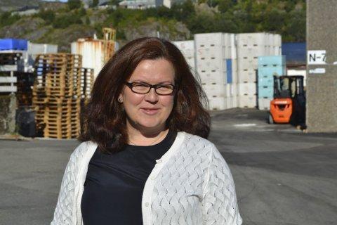 BEKLAGELIG: Daglig leder i Saga Fisk AS, Nora Margrethe Nygaard Falch beklager hendelsen på E10 mandag.