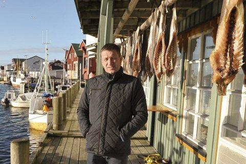 Har fordelt: Næringssjef Alf-Kenneth Johansen i Vågan kommune er den som saksbehandler og innstiller når politikerne skal dele ut koronapenger. Denne gangen var det 17 virksomheter som fikk penger.
