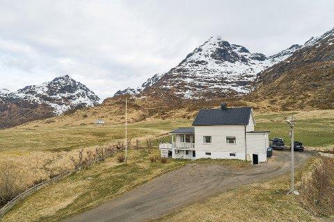 POPULÆRT: Dette huset var svært populært og gikk langt takst.