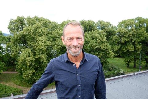 Kjøpt hus: Eiendomsmilliardæren Ivar Erik Tollefsen har kjøpt to hus i Henningsvær.