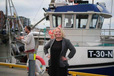 SYKEMELDT: Mona Fagerås (49) er sykemeldt etter en fallulykke da hun var hjemme i Lofoten.