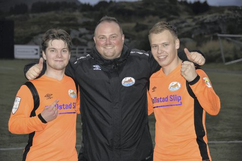 FORNØYD: Ivan Myklebust er fornøyd med å ha fått Mikkel Nerland (tv) og Vegard Møller inn i troppen. Foto: Eirik Eidissen