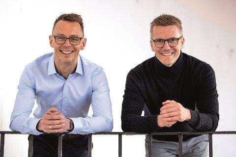 Håvar Solsvik og Tom Runar Buljo  har startet opp rekrutteringsselskapet HYR AS, som har kontor på Leknes og i Harstad .