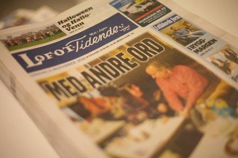 AVIS I SKOLEN: Denne uken har mange skoleelever fått gratis lokalavis, der i blant Lofot-Tidende, som en del av prosjektet Avis i skolen.