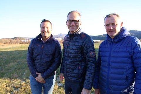 Ketil Benjaminsen i Coop Nord, Svolvær-investoren Thor Drechsler og Alf Lie i Le Eiendom AS vil bygge ut Leknessletta til å bli Leknes handelspark.