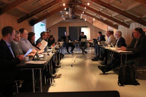 Lofotrådet stengte dørene under debatten om videreføring av Lofoten friluftsråd.
