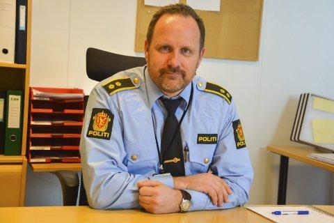 Politioverbetjent Dag Sture Strøm ved Vest-Lofoten lensmannskontor.