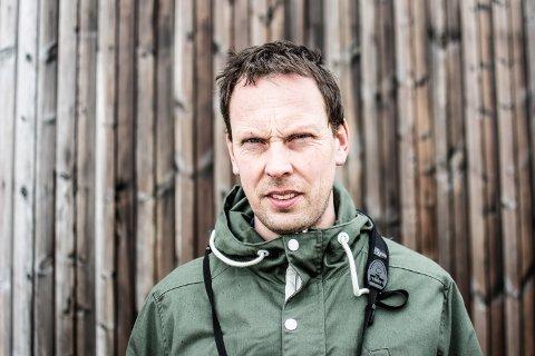 NATURVERNRÅDGIVER: Martin Eggen, som bor på Ramberg, er naturvernrådgiver i Norsk Ornitologisk Forening