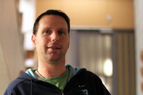 Børge Dagfinrud (50) er en av tre søkere til stillingen som rektor ved Bøstad skole.