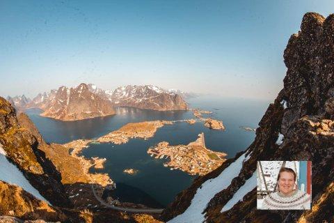 Tina Terkelsen (innfelt). Andøya ved Reine, i midten av bildet, var uten strøm i mange timer sist helg.