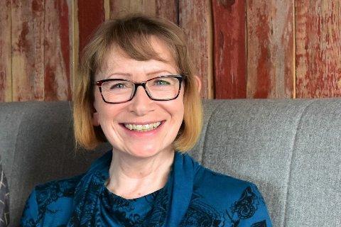 Bjørg Anita Arntzen (55) fra Gravdal har søkt stillingen som produsent ved Figurteatret i Nordland.